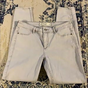 Abercrombie & Fitch Size 8 light grey jeggings